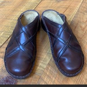 Naot oil tanned leather mules/clogs Brown 10-10.5